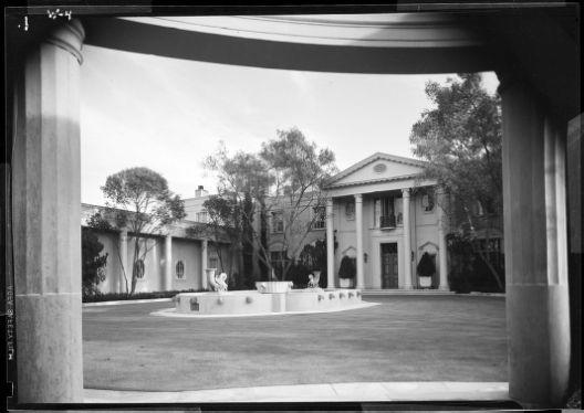 5Hilda's House (Maynard Parker)